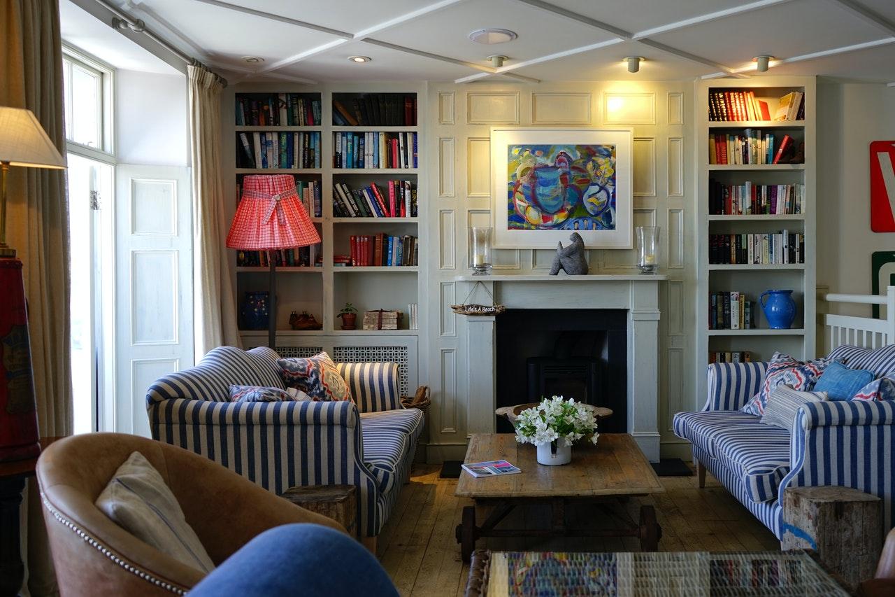 Jak wybrać rozkładaną sofę do młodzieżowego pokoju?