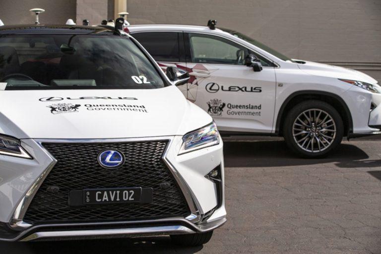 Lexus dalej rozwija technologię połączonych samochodów