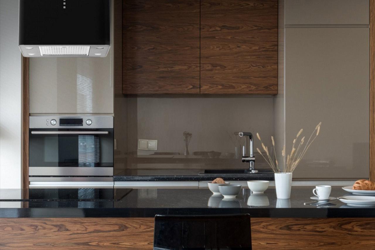 Pierwsza kuchnia – pierwszy okap od AKPO